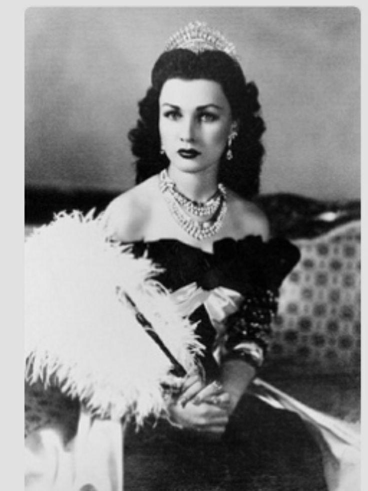 الملكة فوزية الزوجة الأولى لشاه ايران أخت الملك فاروق