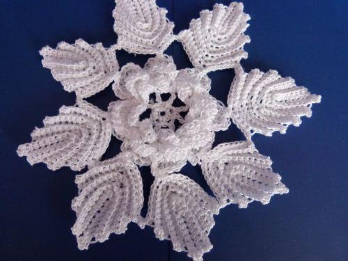 Crochet : rose des vents   http://carni.blog4ever.com/ma-rose-des-vents