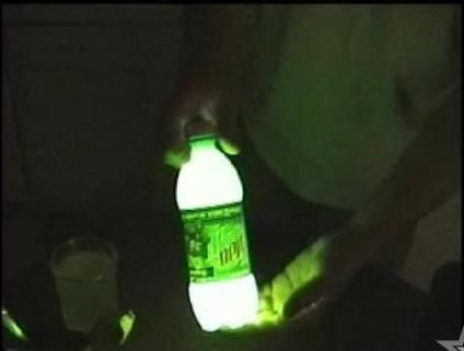 Mountain dew+baking soda+peroxide=instant glow bottle.