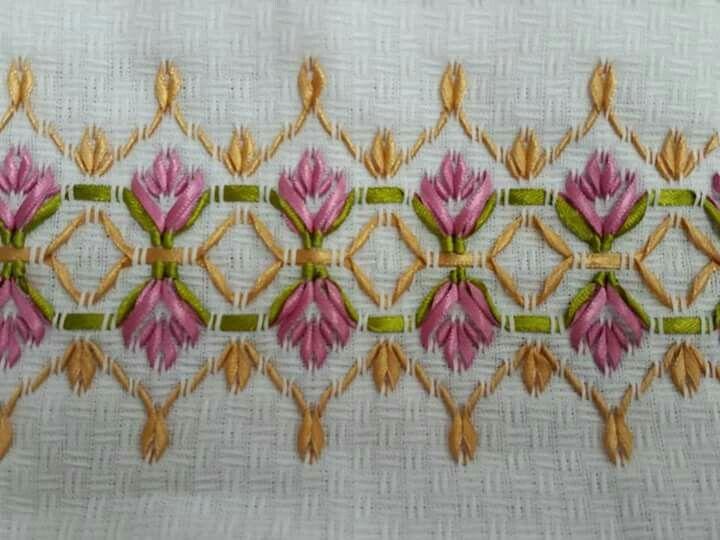 Using ribbon for huck weaving Rr