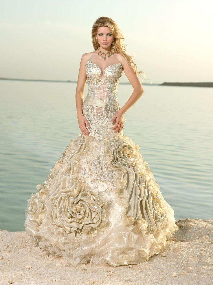 Exotic wedding dresses bride pictures