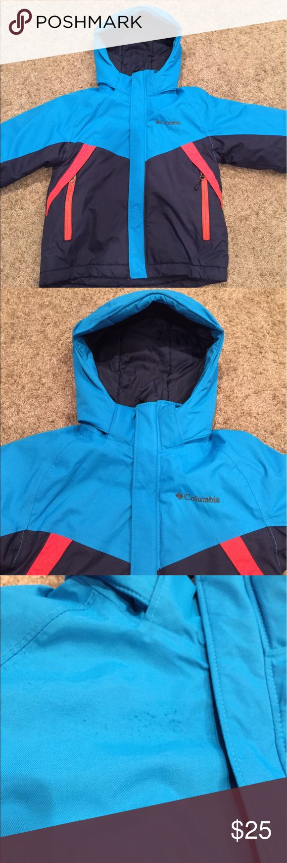 """Boys Columbia coat. GUC. Royal blue/navy in color, pic #4 is not the true shade. A small area of pilling on the upper front. Velcro got stuck from a different coat. A 1/2"""" tear is on the sleeve also. I did not fix it bc I was sure I'd make it look worse. Fabric glue would prob work great. It has been like that for a season and did not get any worse. Columbia Jackets & Coats"""