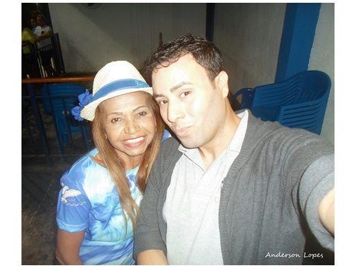 CURTA NOSSA PÁGINA - https://www.facebook.com/conexaosambar/?ref=settings  Selfie com a minha amiga portelense, Rosalia Da Portela  Primeiro corte de samba do GRES Portela