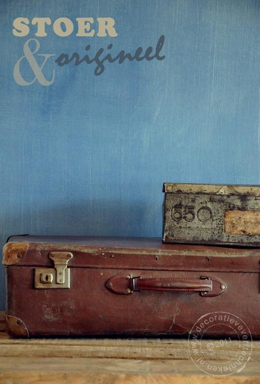 Denim effect met glaceerverf. Een stoere afwerking voor bv een muur.  Faux denim on the wall  http://verftechnieken.blogspot.com