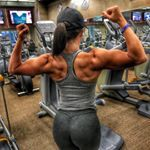 "12.3k Likes, 195 Comments - Sarah Bowmar, MBA, CPT (@sarah_bowmar) on Instagram: ""I love glute days. Checkout bowmarfitness.com for full workout plans and customized meal plans…"""