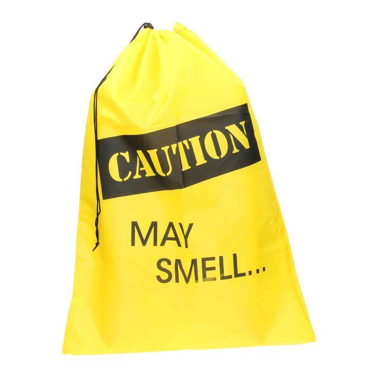 Laat de was nooit meer rondslingeren met deze vrolijke waszak. Op de zak staat de tekst 'Caution May Smell...' en hij heeft een vrolijke gele kleur. Hang hem aan de deur van de kinderkamer en ze kunnen zelf hun kleren in de was doen! De zak is makkelijk op te vouwen en dicht te doen met het koord aan de bovenzijde. Afmeting: 50 x 70 cm - Waszak - Geel