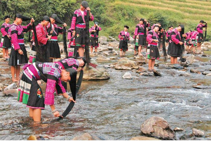 Die Frauen aus diesem Dorf in China findest du im Guinness-Buch. Ihr Rekord ist allen ein Rätsel.