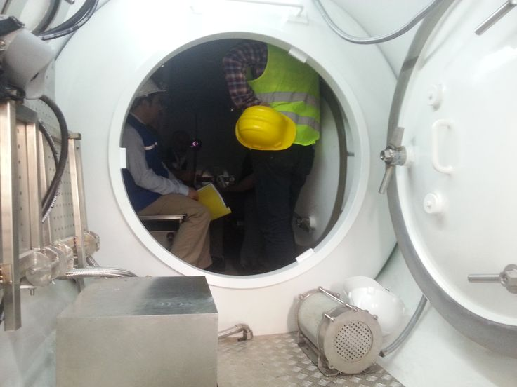 interior of O2deco chamber