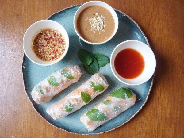Vegatopia - Springrolls met gebakken tofu en drie dips