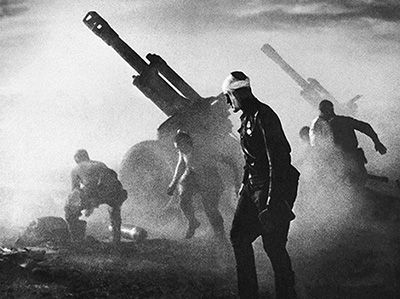 "1944 Operation Bagration - Soviet Red Army artillerymen firing M1943 152-mm howitzers on Wehrmacht positions. This photo eventually gained fame had been named ""Stand to Death""."