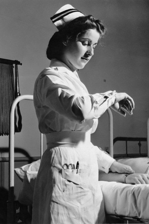 Check Out These 11 Vintage Photos Showing The Aura Of Nurses