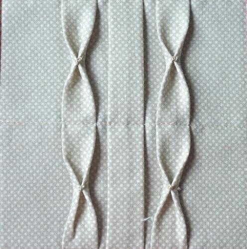 Block 5: Centered tucks with bow ties -Textured quilt sampler tutorial « TeresaDownUnder
