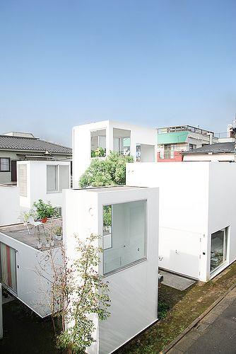 MORIYAMA HOUSE • 2005 • Tokyo, Japan • by Ryue Nishizawa, http://www.ryuenishizawa.com