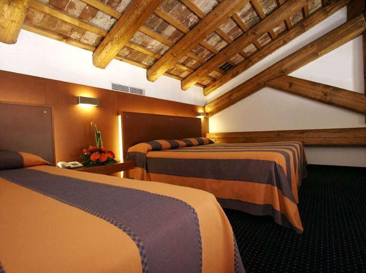 Hotel Residenza Cannaregio Venice | Enjoy The Most Exclusive Modernity And Comfort | View All Popular Hotels in Venice!