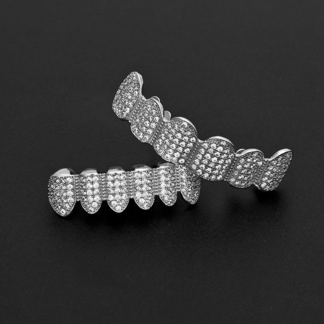 [FULL SET] LUXURY SILVER ICED OUT DIAMOND GRILLZ