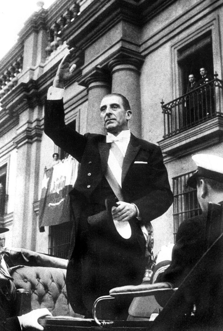 En las elecciones presidenciales el 4 de septiembre de 1964 es elegido Eduardo Frei Montalva, Demócrata Cristiano obteniendo un histórico 56,08% de los votos.