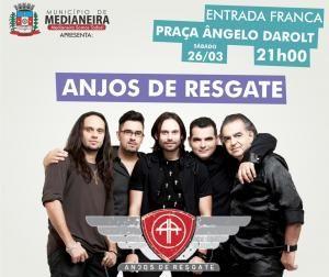Show da Banda Anjos de Resgate e Missa campal na praça Ângelo Darolt. Município de Medianeira