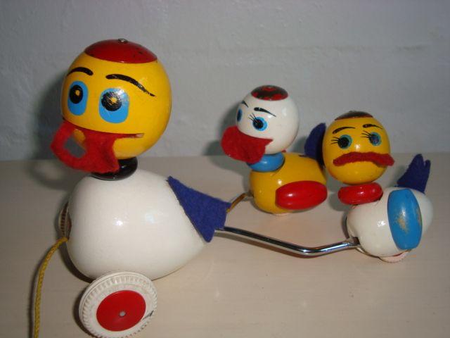 BRIO Swedish wooden toys/trækænder - 1950-60s.  #Brio #Swedish #toys. From www.TRENDYenser.com. SOLGT.
