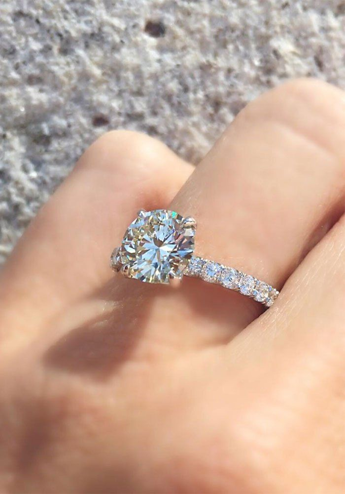 Flawless solitaire engagement ring,solitaire engagement ring,Round Brilliant Cut Solitaire Engagement Ring,diamond engagement ring