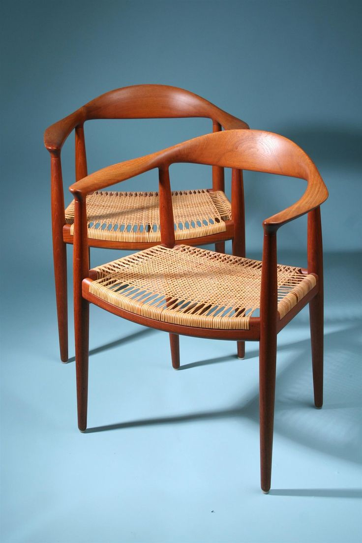 In 1944, Wegner created a series of chairs that were influenced by portraits of Danish merchants sitting in Ming chairs. The 'Wishbone Chair' (displayed above), is Han's most iconic and well sold chair to this day. Han's claimed this chair was a difficult one to create due to the steam-bent solid wood frame. The chair demands skilled craftsmanship and an intimate knowledge of wood joinery. Even today, the seat of the chair is still hand woven from paper cord and made of the best natural…