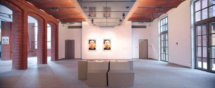 """Wystawa fotografii """"Tożsamość"""" (2011) / Photography exhibition """"Identity"""" (2011)"""