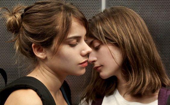 Um seleção de filmes para maiores de 18 anos disponíveis na Netflix.