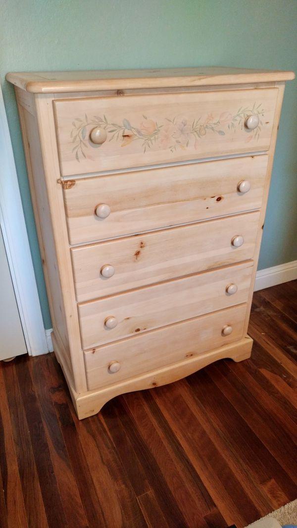 Used Normal Wear 5 Drawer Pine Dresser 34 L X 17 3 4 W X 49 1 4 H Make An Offer Used Furniture For Sale Pine Dresser Distressed Furniture