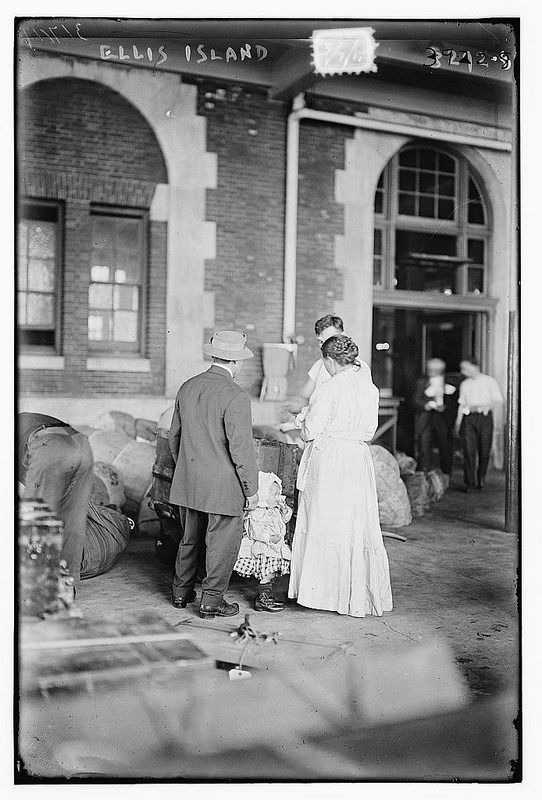 Best History Immigration Images On Pinterest Ellis Island - 31 ellis island immigrant photos 100 years ago perfectly depict american diversity