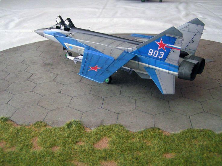 MiG-31 by Martien Lourens (ICM 1:72)