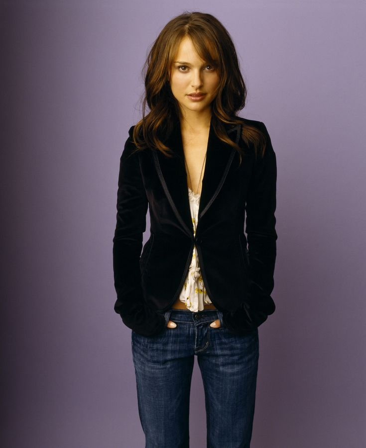Natalie Portman (as Mary)