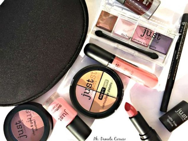 Just Cosmetics, palette ombretti, rossetti matte, smalti, blush ev kit camouflage [REVIEW]