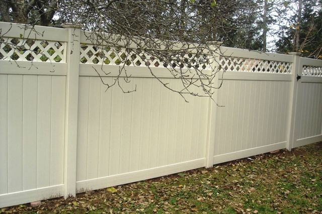 Vinyl Privacy Fence With Lattice Topper Vinyl Fence