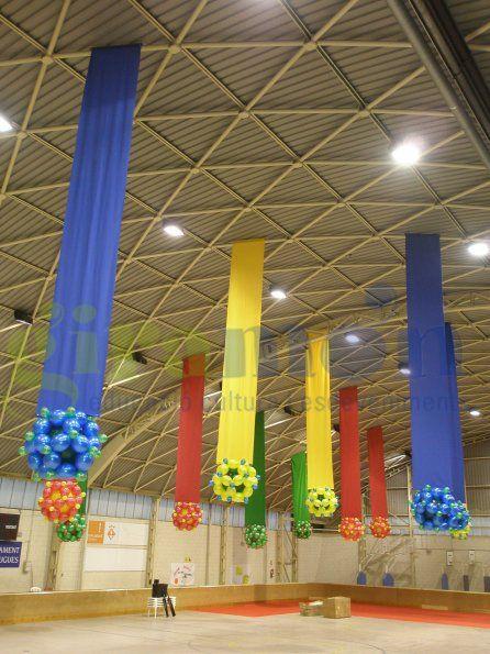 531 best images about balloon ceilings on pinterest - Decoracion con fotografias ...