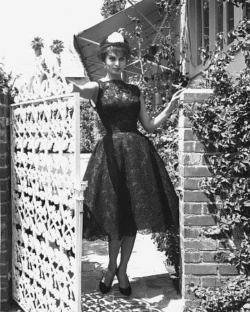 How to Dress Like a '60s Italian Movie Star