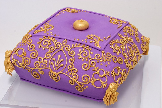 43 best images about Decorative Pillow Cakes on Pinterest Indian cake, Cakes and Wedding cakes