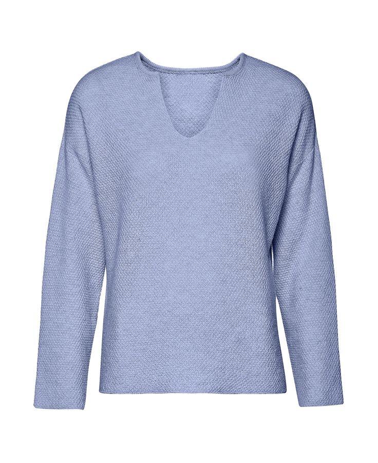 Blue sky top EL GAUCHO from B SIDES LA AMERICANA collection (100% fine merino wool) #bsideshandmade #basiachrabolowska #sustainableknitwear
