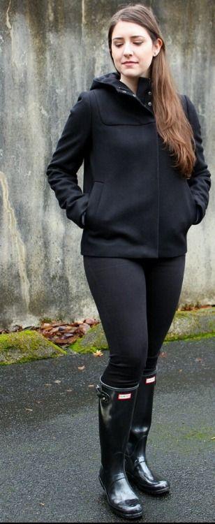 Black wellies and leggings