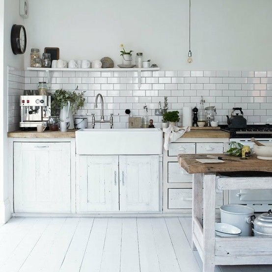 cottage kitchen, subway tiles, and farm sink
