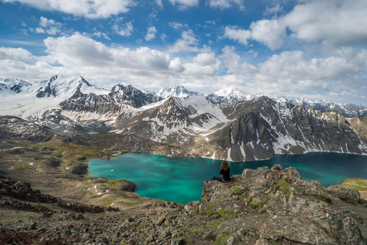 A trek itinerary in Kyrgyzstan through the Tian Shan Mountains, leaving from Karakol and passing by Alakol lake, glaciers, and yurts.