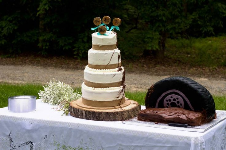 tire wedding cake 1000 ideas about tire wedding cakes on 21031