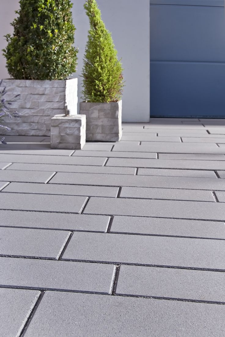 Garden paths with slender Decado stones by Godelm …