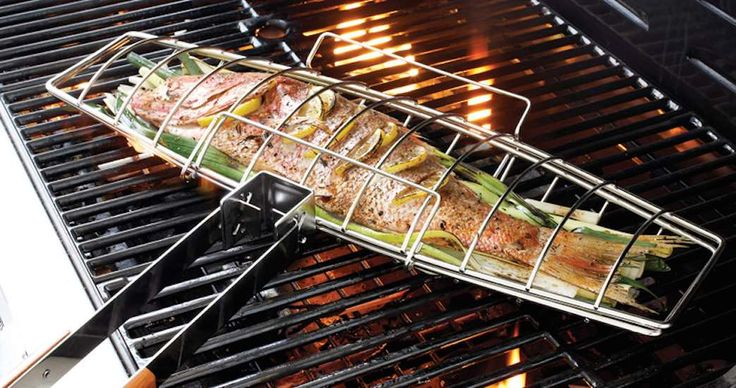 Always serve your freshly #grilledfish in one single piece by using this sturdy #FishGrilling Basket while #cooking.