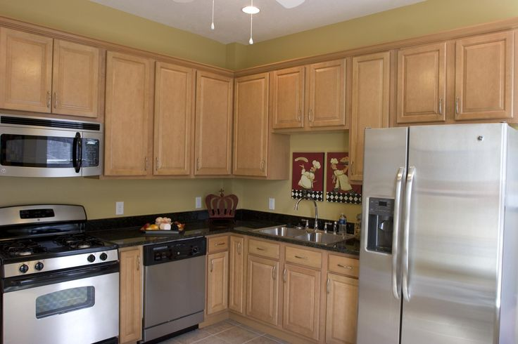 Birch kitchen cabinets all wood maple or birch kitchen for Birch wood kitchen cabinets