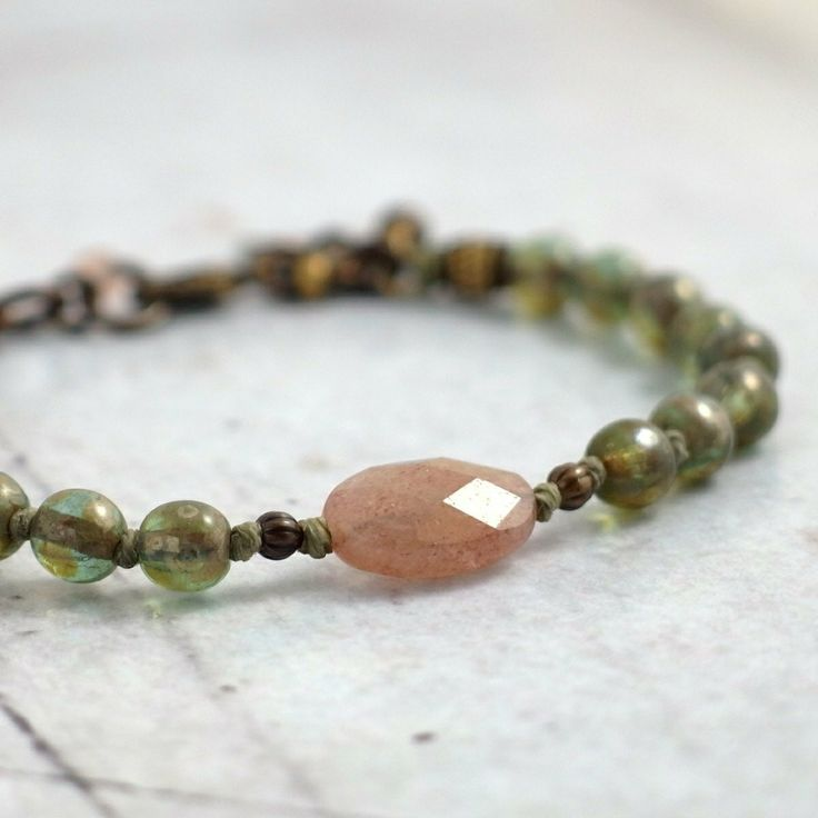 Polished muscovite with gorgeous faded salmon-pink coloring. A softly feminine bracelet.
