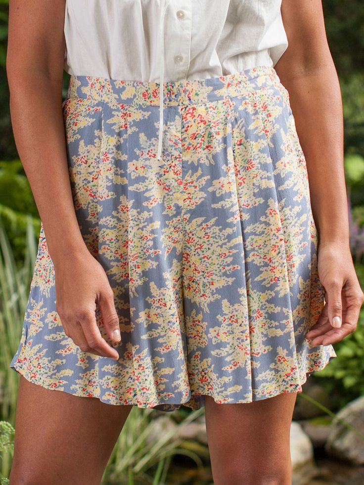 Ruby Keeler tap pants—how much fun! Not as short as their inspiration, the Hettie Shorts with their pleated flares look great dressed up or dressed down.  A smoky blue background and its nature-inspired impressionistic artistry give these shorts a California feel.  Nothing less than oh-my-goodness cute, the Hettie shorts combine beautifully with the Hettie Camisole or one of our other camis.