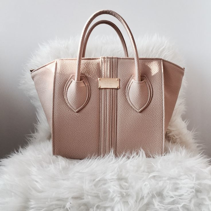 Vegan handbag in beige