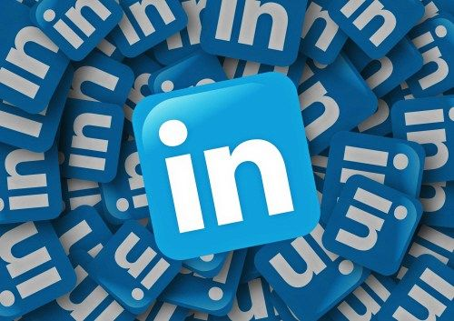 For a while LinkedIn has given users the opportunity to publish long form posts to their profiles. For small businesses it's a great way to reach out to potential customers and networking partners, establishing that all-important reputation online. Are you making the most of LinkedIn long form posts?