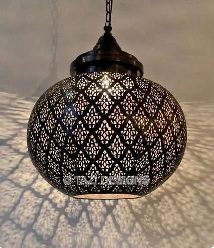 Lámparas árabes: Los mejores diseños de tendencia [FOTOS] - Lampara arabe en color negro
