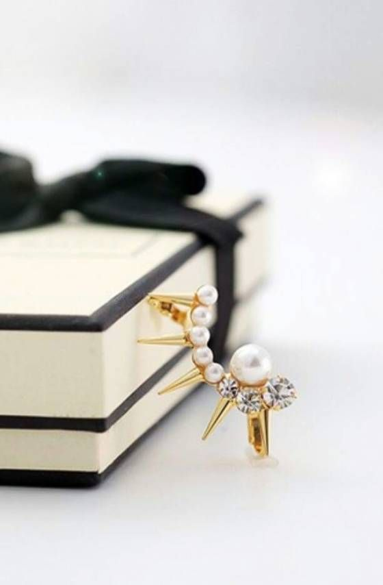 Shopo.in : Buy Pearl And Stone Ear Cuff online at best price in Hyderabad, India