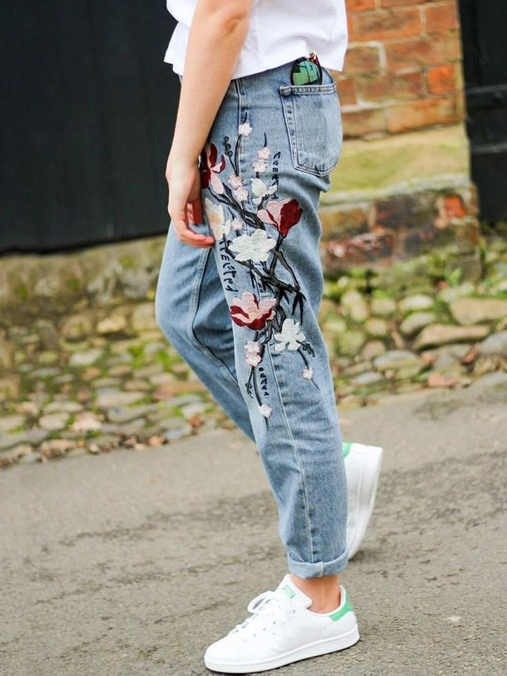 Floral embroidery straight mid waist slim jeans showyou